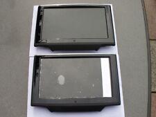 Original Audi A8 LCD Display Kopfstütze  Links und Rechts.