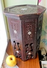 gueridon marqueterie de nacre et os ?iznik Persian islamic ottoman syrian maroc?
