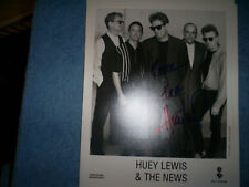 8X10  AUTOGRAPHED PHOTO OF HUEY LEWIS