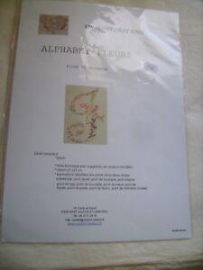 """Kit broderie Alphabet fleuri """"F"""" de marque Un Point C'est Tout 21 X 21 cm neuf"""