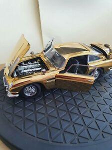 DANBURY MINT ASTON MARTIN DB5 GOLD PLATED MODEL