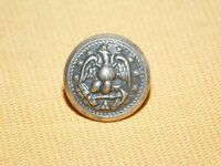 VINTAGE WWII SOLDIER EAGLE BUTTON PIN