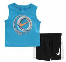 Nike Bebé Chicos Chaleco Y Pantalón corto de 2 piezas conjunto azul y negro 9-12 meses pelota de fútbol
