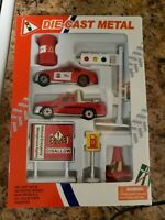 Vintage Diecast Metal Fire department set, new in box