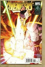 Avengers #11-2011 vf 8.0 Standard Cover / Infinity Gauntlet