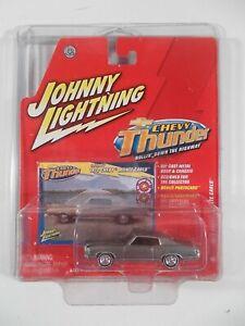 Johnny Lightning 1/64 Chevy Thunder 1972 Chevy Monte Carlo