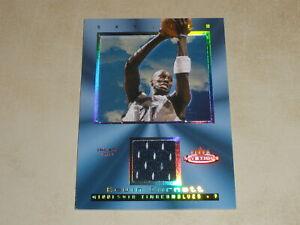 2003-04 Fleer Mystique Skyview Game Used Jersey #KG Kevin Garnett 228/250