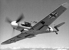 WWII Photo Luftwaffe Messerschmitt Bf109 in Flight  WW2 B&W World War Two / 6064