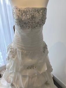 Wedding Dress Size 14 - Size 16