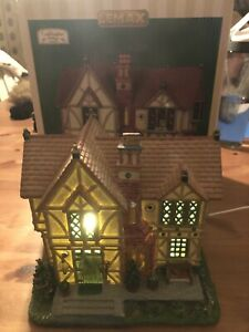Lemax Christmas Village Tudor Cottage B/O(4.5V) #95842