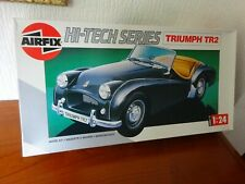 TRIUMPH TR2 - AIRFIX  Plastic Kit  - 1:24 Scale - Hi Tech Series 17 - From 1990.