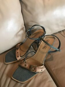 skechers somethin else sandals