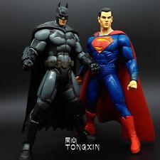 2 Pieces 18cm Superman batman war Hot Action Statue Figure Crazy Toys