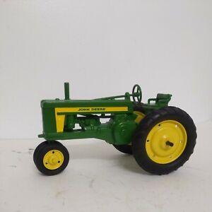 1/16 Eska 1950's John Deere 620 Toy Tractor Repaint