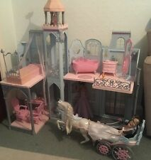 Vintage Wedding Barbie And Ken Dolls Folding Large House With Horse Carriage Toy