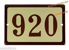 Plaque émaillée marron beige NUMERO de RUE 920 émail enamel plate street number