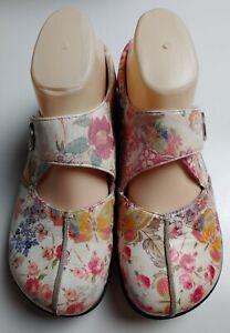 Alegria KAI-557 Women's White Floral Mary Jane Flats Size 38