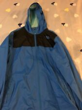 The north face windbreaker size boys xl 18-20 blue and black