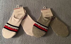 NWT Women's Tommy Hilfiger Two 2-Packs of No Show Socks - White & Gray