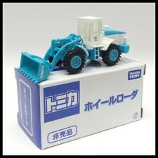 TOMICA 37 HITACHI CONSTRUCTION MACHINERY WHEEL LOADER ZW220 TOMY 1/110 71 BLUE