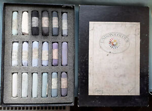 """UNISON COLOUR  Artist Quality SOFT PASTELS  Box of 18 Lightly Used """" GREYS """""""