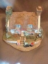 Lilliput Lane - Mrs Pinkerton's Post Office