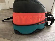 Mystic kiteboard harness