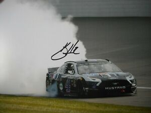 Kevin Harvick signed #4 MOBIL 1 Ford MICHIGAN  VICTORY BURNOUT Nascar 8x10 Photo