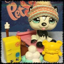 Littlest Pet Shop RARE Polar Husky Dog #2246 Blythe Black and White BLEMISHED