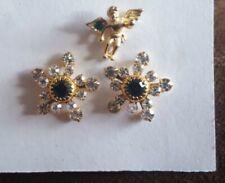 (pierced) earrings