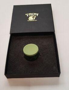 NEW V10 TAOM SNOOKER POOL CHALK, GREEN, IN PRESENTATION BOX NOW IN STOCK