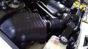 03-07 Hummer H2 6.0L V8 Air Cleaner ( Intake Tube / Resonator / Airbox) OEM