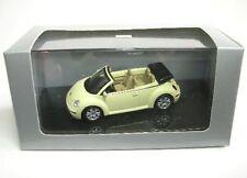 VW New Beetle ( mellow / amarillo )