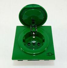 Gira Schuko mit Klappdeckel (45445) | S-Color | grün