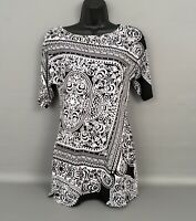 WHITE HOUSE-BLACK MARKET Black & White Paisley-Short Sleeve Print Tunic Top XS