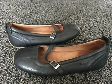 Ladies Genuine LACOSTE Leather Casual Shoes Black UK 3 Used
