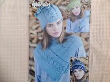 WENDY PIXILE WOOL DOUBLE KNITTING PATTERN 5989 NECK WARMER BERET GLOVES HAT