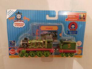 Thomas & Friends TAKE ALONG N PLAY METALLIC SHINEY HENRY LIMITED EDITION NEW