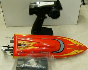 Pro Boat Recoil 17 Deep V Brushless R/C Boat PRB08016 With Transmitter