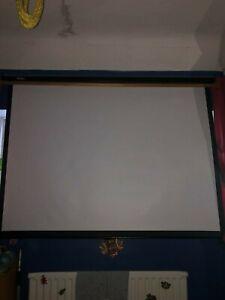 VonHaus 80-inch Pull Down Projector Screen - Black