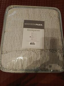 Madison Park Alana Queen Bedspread Queen Set in Grey/White Stripe  (120x118)