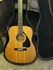 YAMAHA FG-400 6-String Acoustic Guitar & chipboard  Case