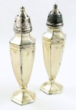 Vintage France SilverPlate Co Fleur De Lis Silver Plate Salt Pepper Shaker Set 2