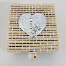 Bomboniere Scatoline in bambù calice comunione offerta stock