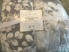 Pottery Barn Teen Carolina Floral Quilt Full/Queen Gray Multi NEW