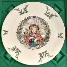 Royal Doulton Christmas Plate 1978 Girl with Basket & Holly Original Box