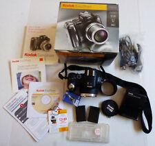 Kodak EasyShare P850 5.1 MP 12X Optical Zoom Digital Camera Lot Bundle with box