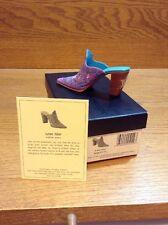 Raine Just the Right Shoe Coa Box Lone Star 25149
