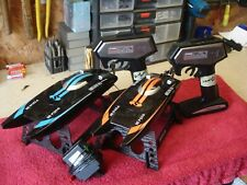 2 Radio Controlled Model Boats Shuang Ma 7014 2 Remotes 1 Battery Charger