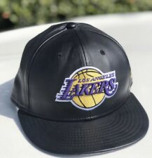 New Era 59Fifty Cap NBA Los Angeles Lakers Mens Black Faux Leather Fitted Hat